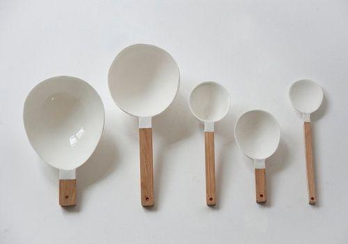 kitchen tools - white & wood