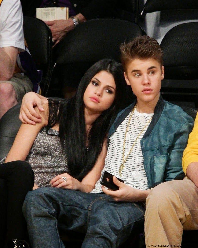 Justin Bieber And Selena Gomez Wallpaper Photo Justin Bieber And Selena Selena Gomez Pictures Selena Gomez Wallpaper
