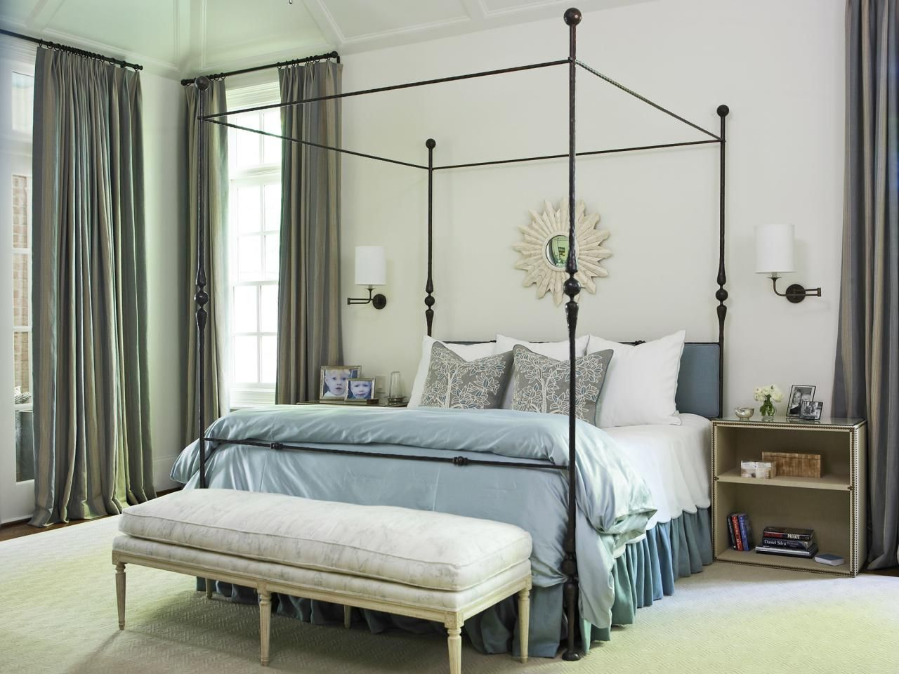 20 Smart Ideas For Small Bedrooms With Bed Choices Storage