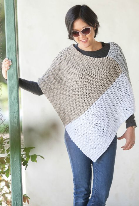 Free Knitting Pattern For Easy Catalunya Colorblock Poncho