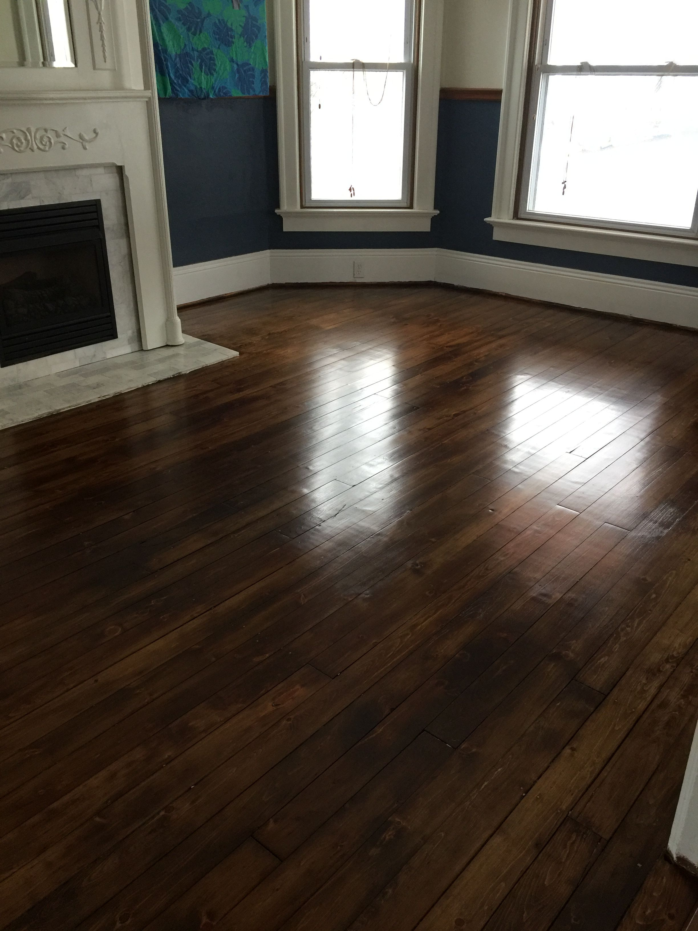 Antique Pumpkin Pine Floor With Minwax Special Walnut And Lenmar