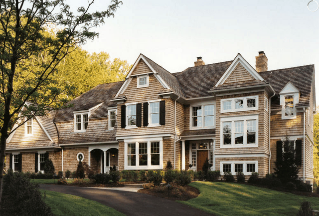 Long Island Style Mainline Loving House Designs Exterior House Exterior Exterior Design