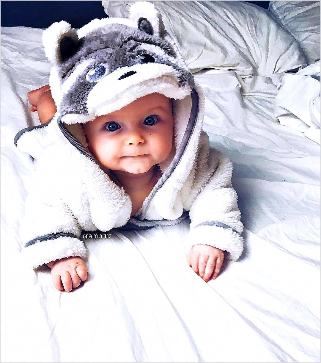Co-Sleeping: Should Your Child Sleep In Your Bed?