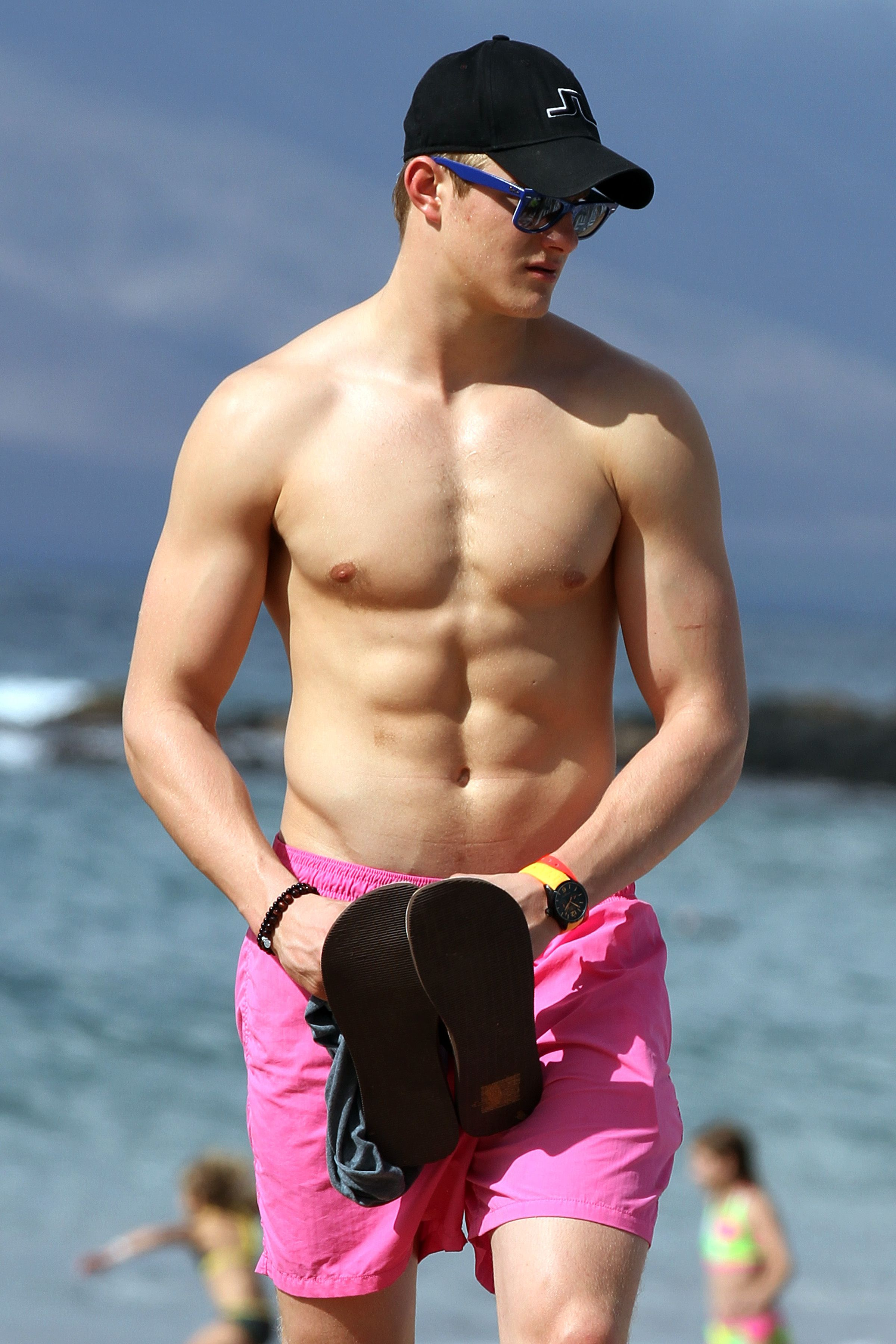naked Alexander Ludwing Alexander Ludwig picture