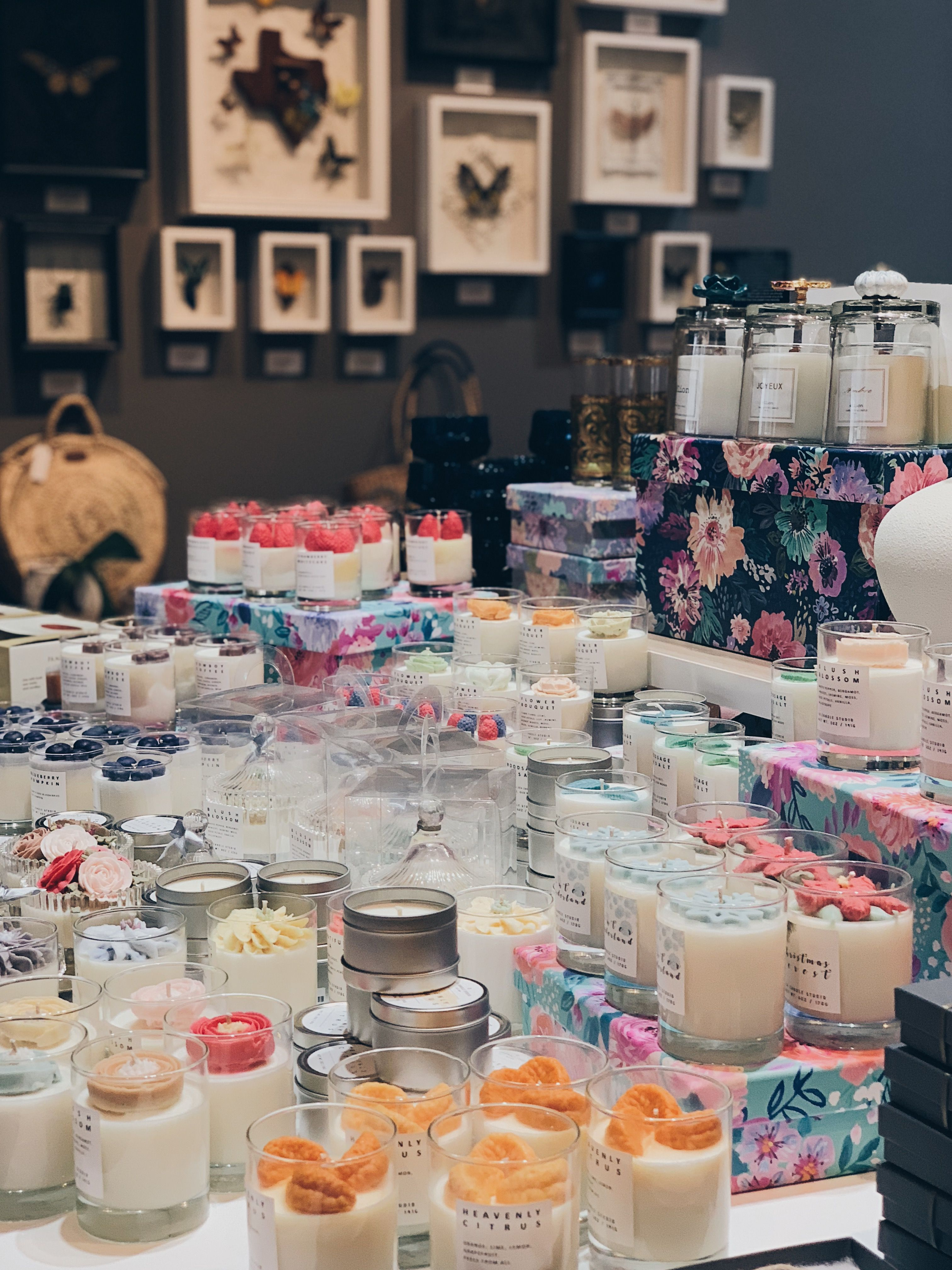 Soy Candles Display Idea In Retail Shops Candle Retail Candle Displays Candle Shop