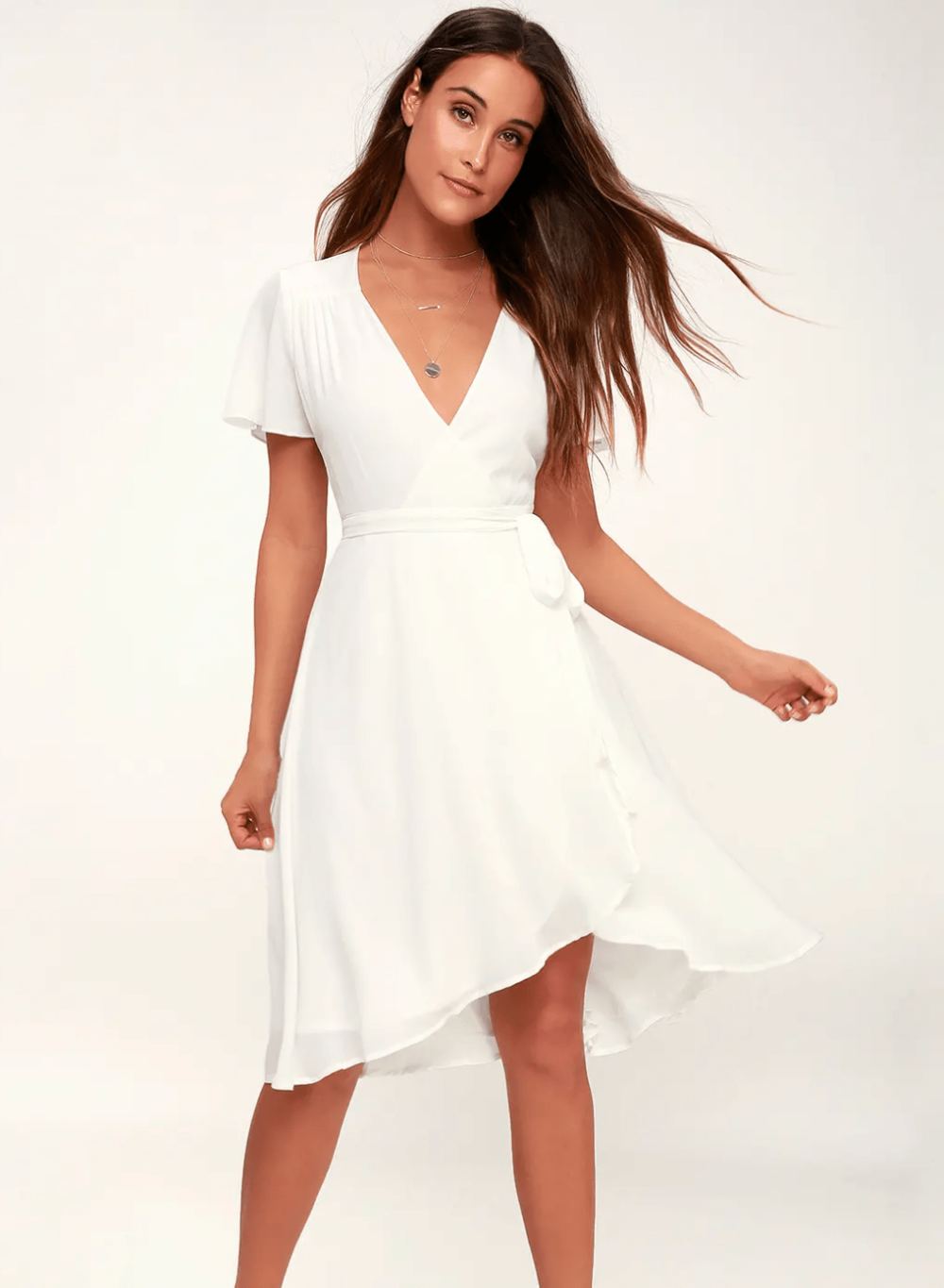 15 Incredibly Cute Graduation Dresses For 2021 College Fashion In 2021 College Dress Graduation Dress Graduation Outfit [ 1365 x 1000 Pixel ]