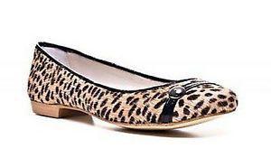 Homers Laura Short Hair Flats Womens Shoes Jaguar Beige Size 7.5