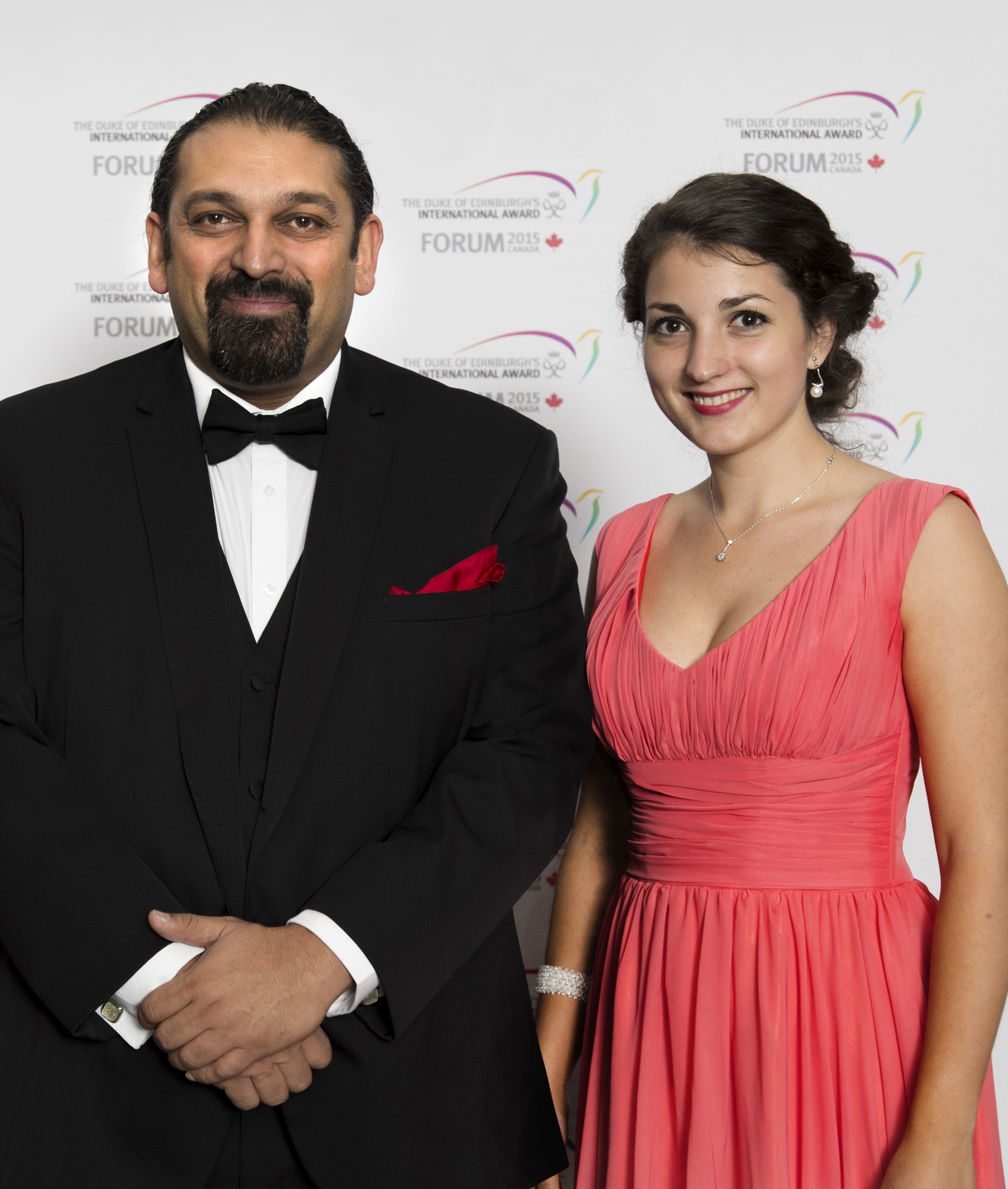 Interviu cu Shajjad Rizvi ȘI Mihaela Mariș – The Duke of Edinburgh's International Award Romania ^_^ https://issuu.com/performance-rau/docs/nr-55_nov-dec_2016/16