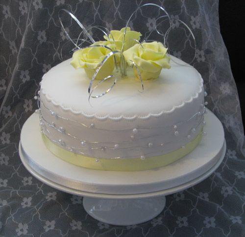 single layer wedding cakes - Google Search | Claire\'s cake idea ...