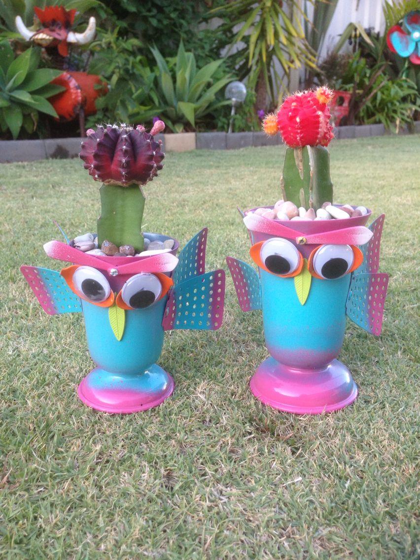 Garden owls made from recycled materials | Garden owl, Owl ...