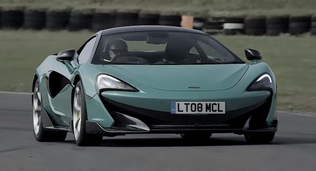 McLaren 600LT Sprints Around Anglesey Circuit At Frightening Speeds