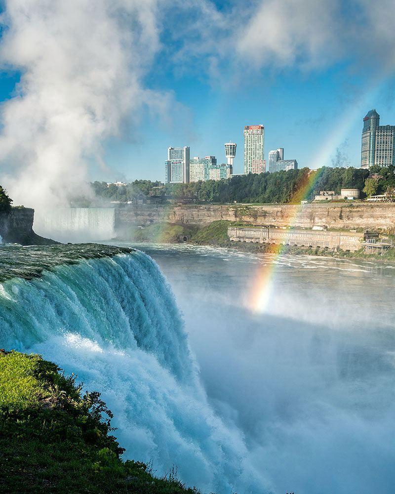 Photo stephen_matera // Double rainbow below American