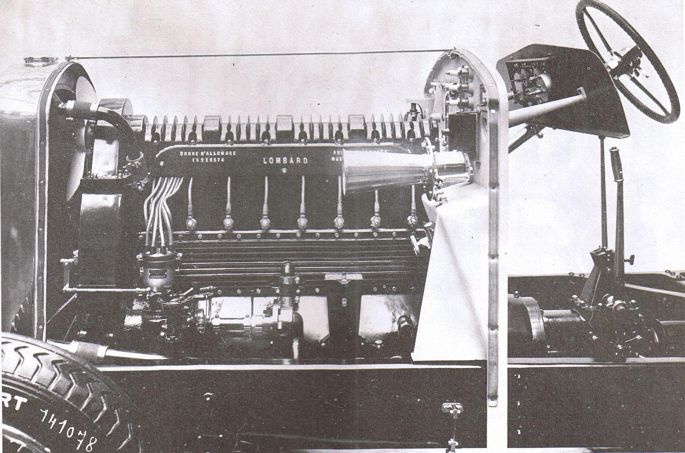 le salon de l 39 automobile paris 1929 auto moto badge. Black Bedroom Furniture Sets. Home Design Ideas