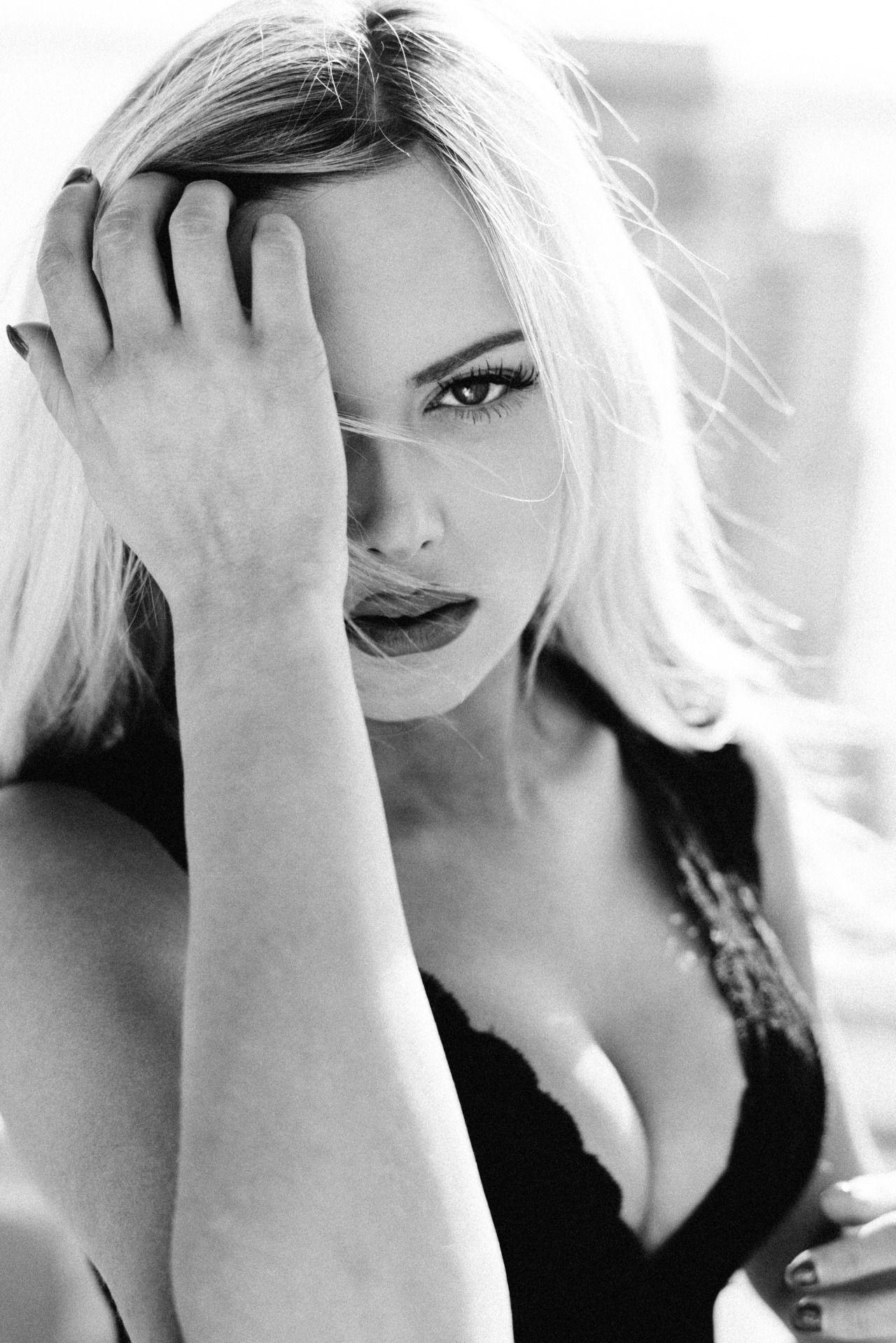Celebrity Keilih Stafford nudes (16 photo), Pussy, Sideboobs, Twitter, see through 2006