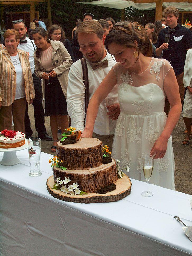Rustikale Baumstamm Torte Hochzeitstorte Tree Stump Wedding Cake