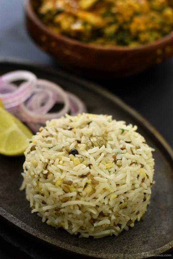 Green moong dal khichdi recipe | hari moong dal khichdi ...