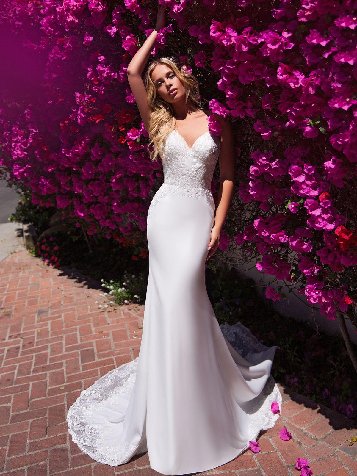 27++ Strapless lace mermaid wedding dress info