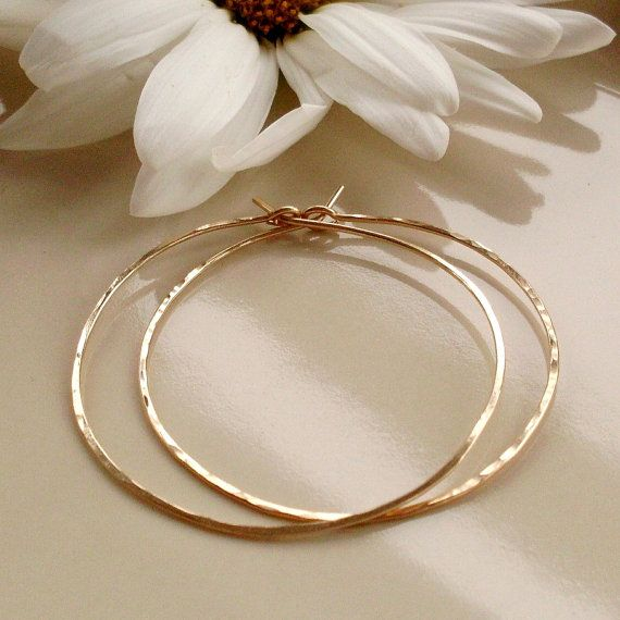 Medium Gold Hoop Earrings Want Very Thin Hoops That Aren T Too