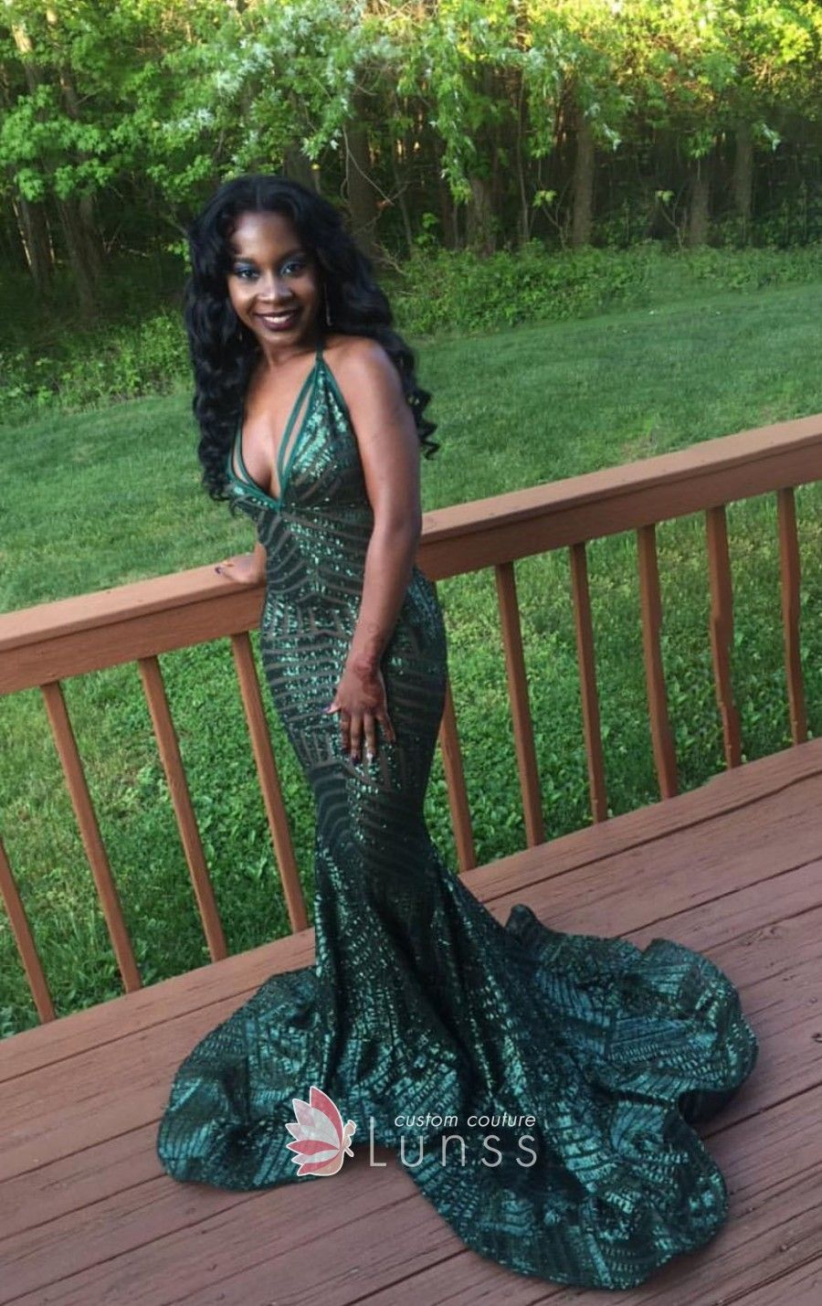 Geometric pattern green sequin prom gown for black girls deep v