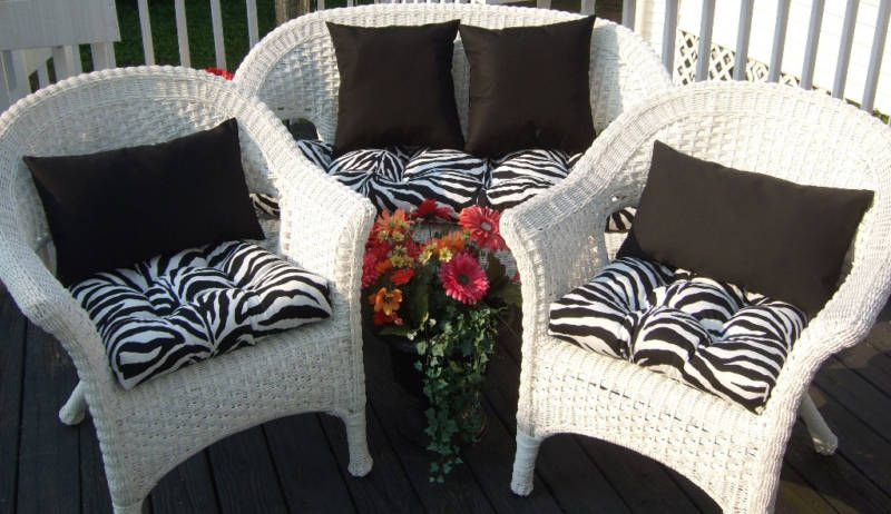 WICKER OUTDOOR CUSHIONS ZEBRA BLACK PILLOWS 7 PC SET, $139.96 ...