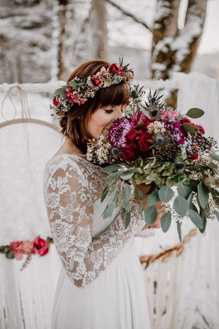 Winterhochzeit im Schnee Brautstrauß Winterhochzeitskleid Brautkleid aus Spitze #neiged#39;hiver