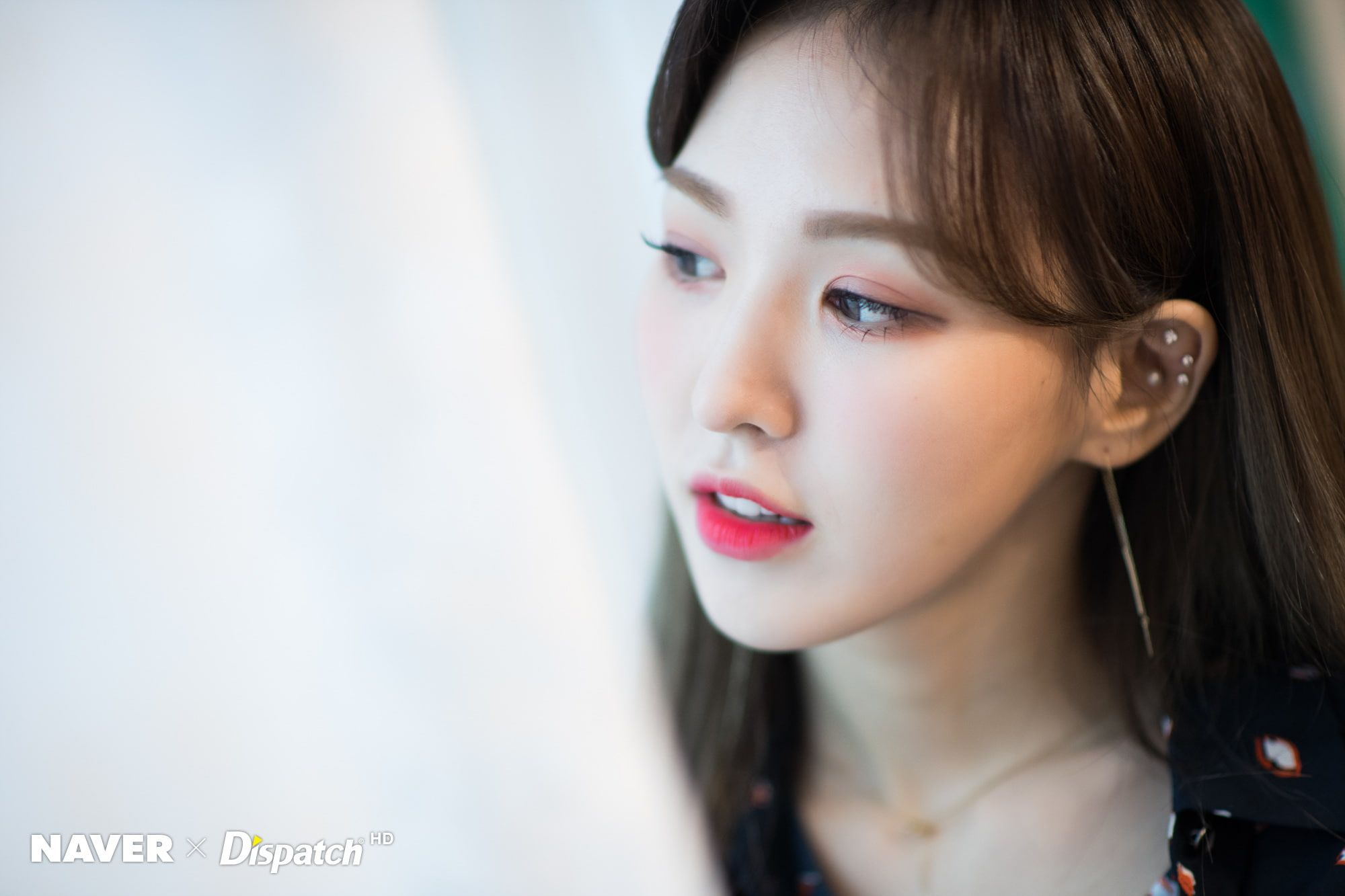 K Pop Redvelvet Women Wendy Red Velvet Asian 1080p Wallpaper Hdwallpaper Desktop Wendy Red Velvet Red Velvet Red Velvet Irene