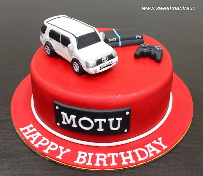 Toyota Fortuner Car PS4 Theme Small Designer Fondant Cake For Husbands Birthday Cakes Men