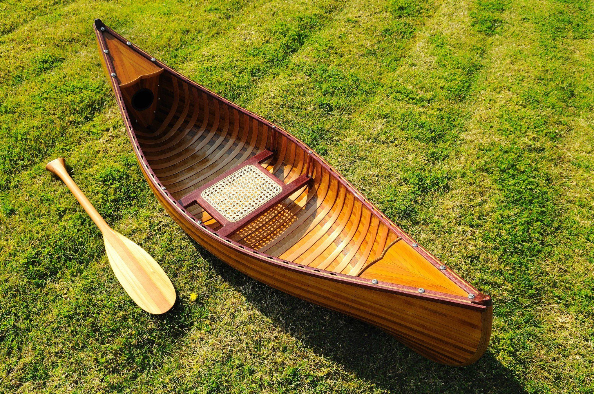 20.25″ x 70.5″ x 15″ Wooden Canoe with Ribs