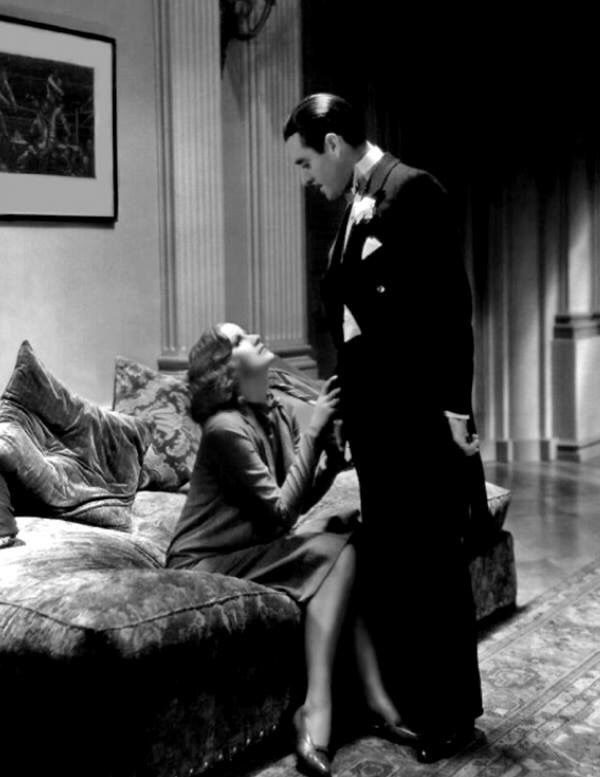Greta Garbo and John Gilbert in (A Woman of Affairs, 1928)