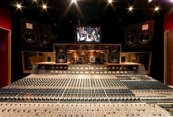 The Studio Session : Blackbird Studio Console