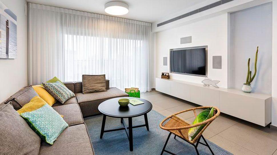 Internal design living room colors rooms new homes live lighting also pin by dudi  einat tenenboim on rh ar pinterest