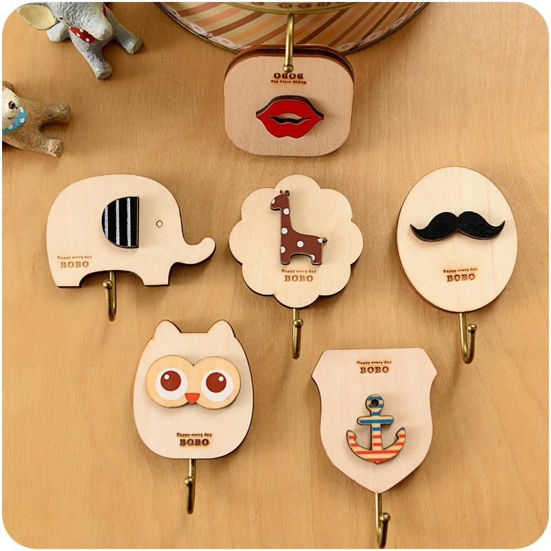 Creative cute cartoon wooden back door hook trace sticky hooks strong load-bearing walls viscose perspective
