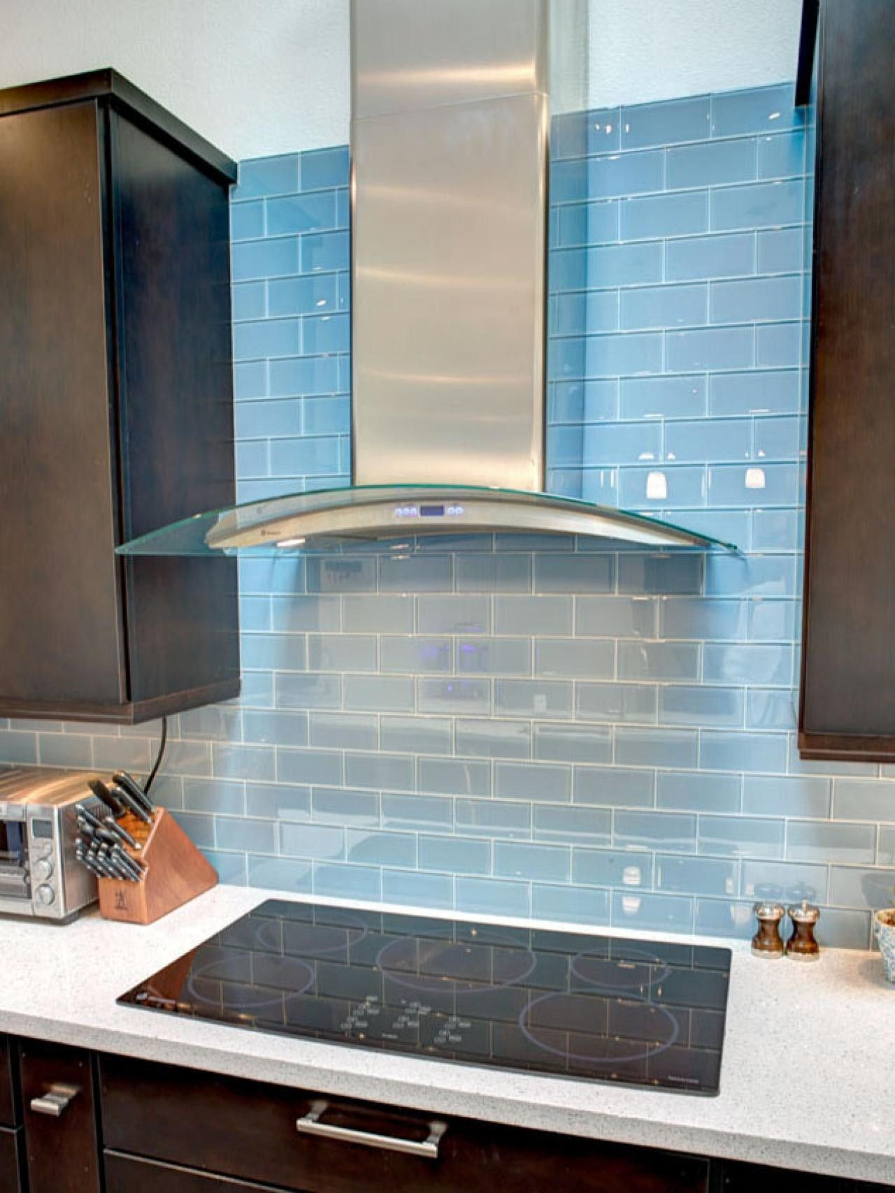 tile backsplash behind range hood Kitchen Idea