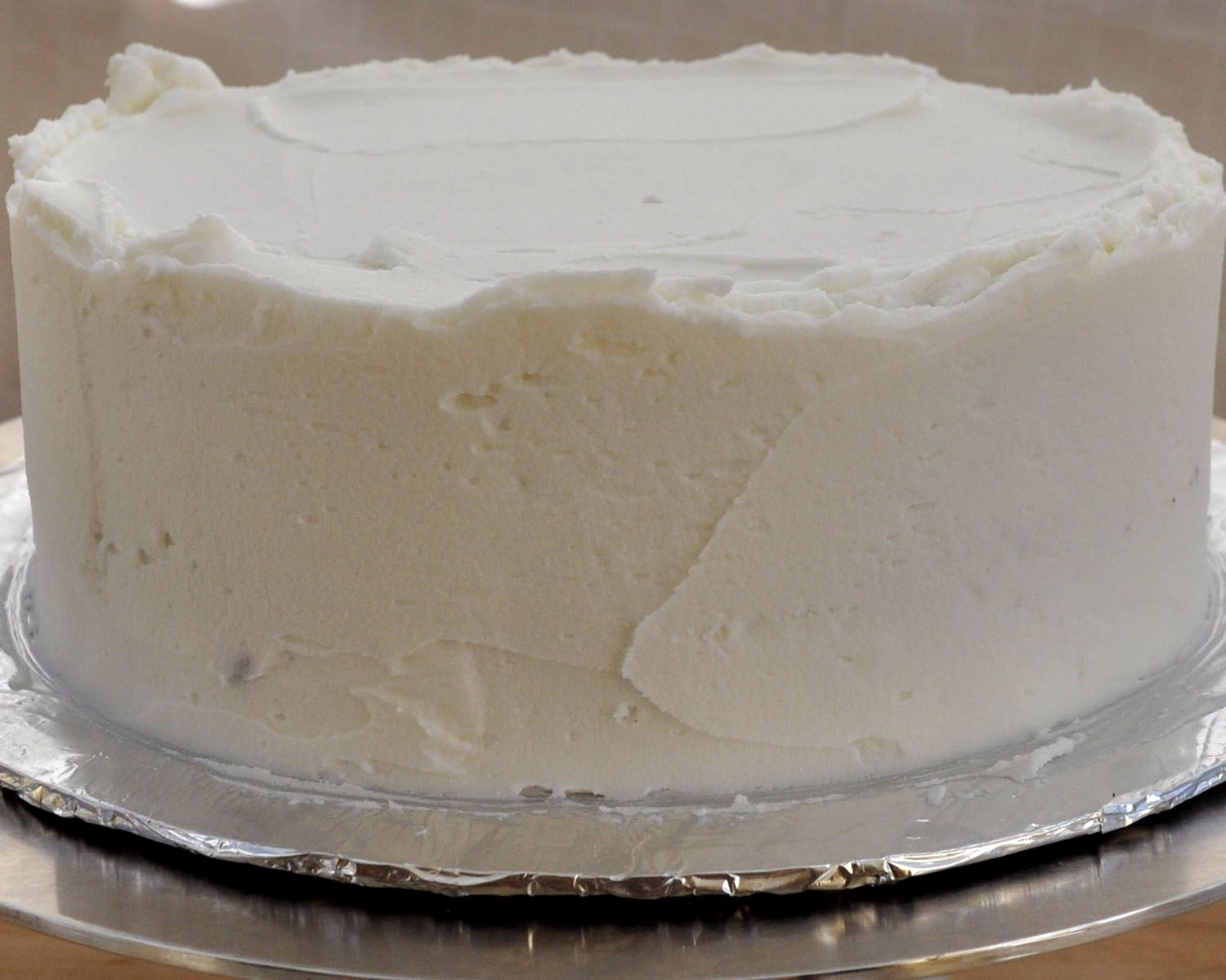 Beki Cook's Cake Blog: How to Ice a Cake