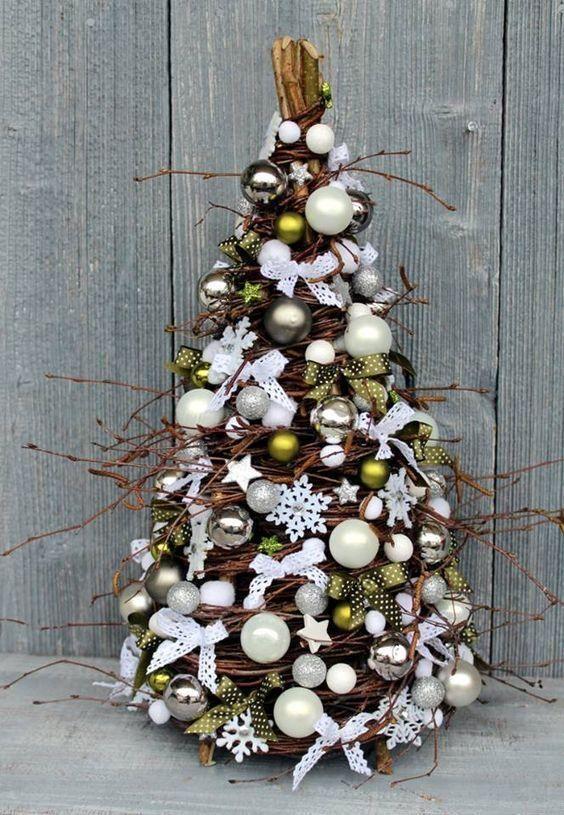 Niezwykle Choinki Wykonane Z Wikliny Ktore Zachwycaja Diy Christmas Tree Twig Christmas Tree Christmas Tree Design
