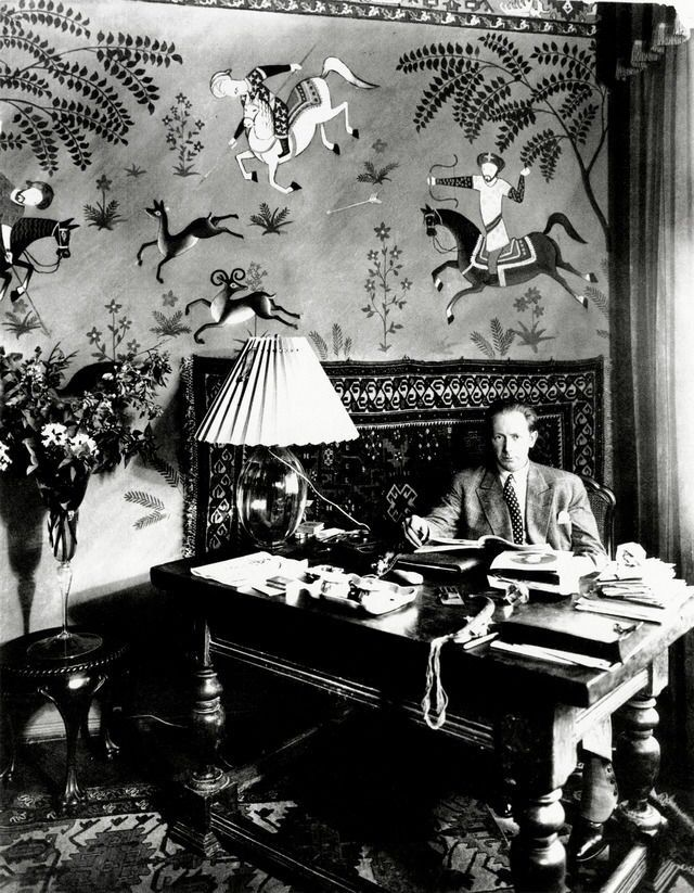 f w murnau sitting in his home office in berlin 22 douglasstra e circa 1926 weimar weimar. Black Bedroom Furniture Sets. Home Design Ideas