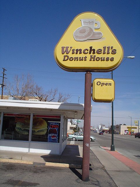 Winchell S Donut House Open In Greeley Colorado My Childhood Memories Childhood Memories Vintage Restaurant