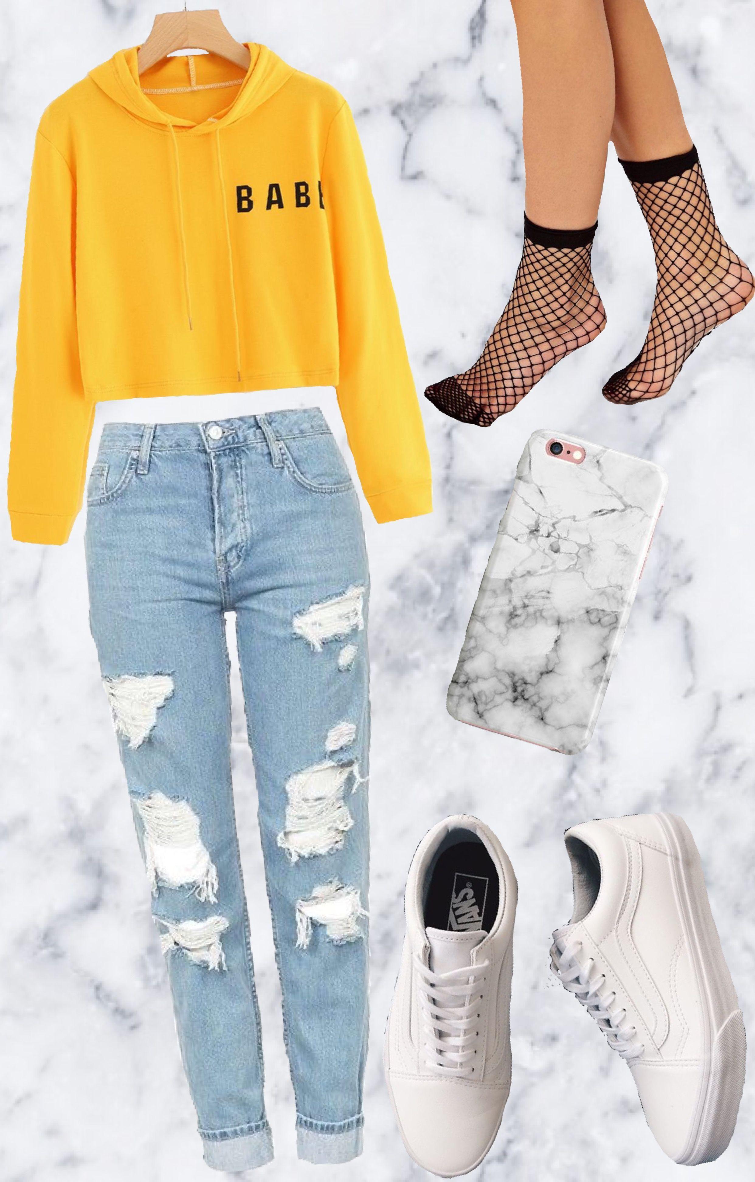 914caa6ecbe1 Yellow Sweat-Shirt . Riped Jeans . Bumpy Socks . White sneakers . This  modern look
