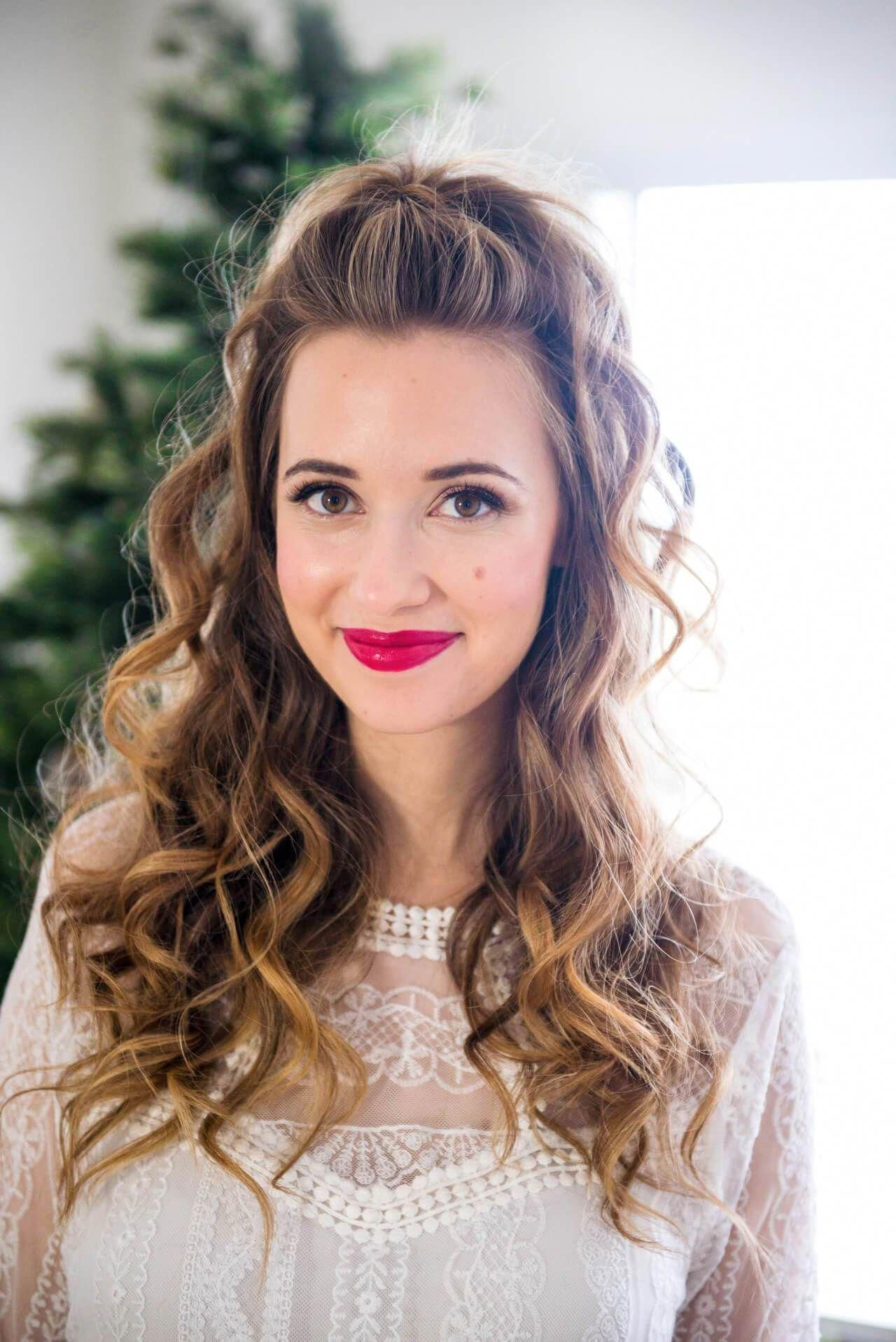 half up curled hair for the holidays #Longhaircurls | Half up curled hair, Holiday hairstyles ...