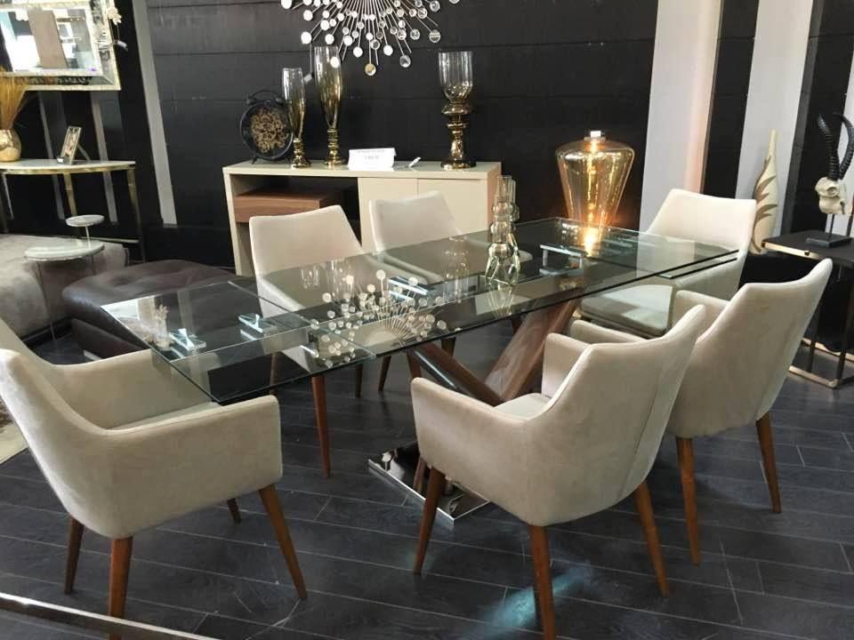 Salle à manger -table en verre - Magasin les coulisses ameublements - decoration salle a manger contemporaine