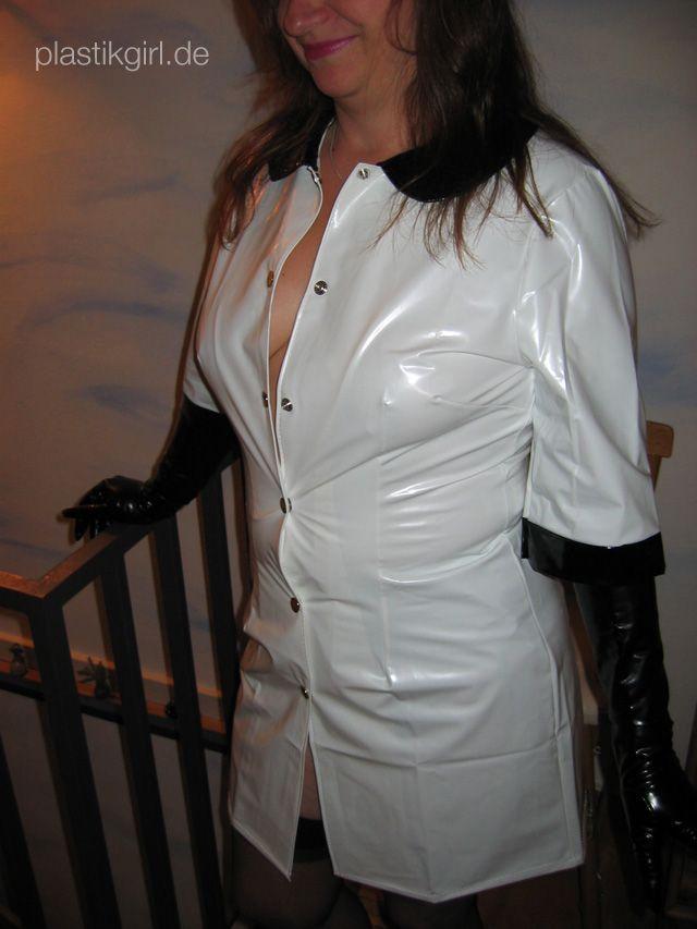 Amateur PVC Nurse - Outfit from kemo-cyberfashion.de | PVC ...