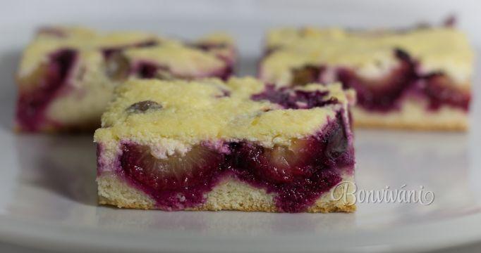 Slivkový koláč s tvarohom • bonvivani.sk