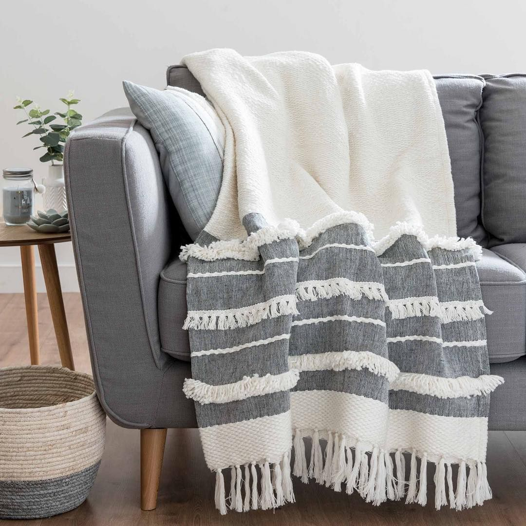 Maisonsdumondeuk Instagram Home Decor Accessories Scandinavian Pillows Stylish Sofa