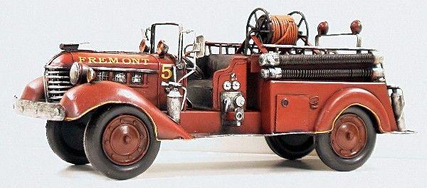 Vintage Era Replica 1939 Fire Truck Peterbuilt S- 100 Pumper Fire Engine-Fire, Chief, Truck, COllectible, Model, Playroom, Boy, Den,