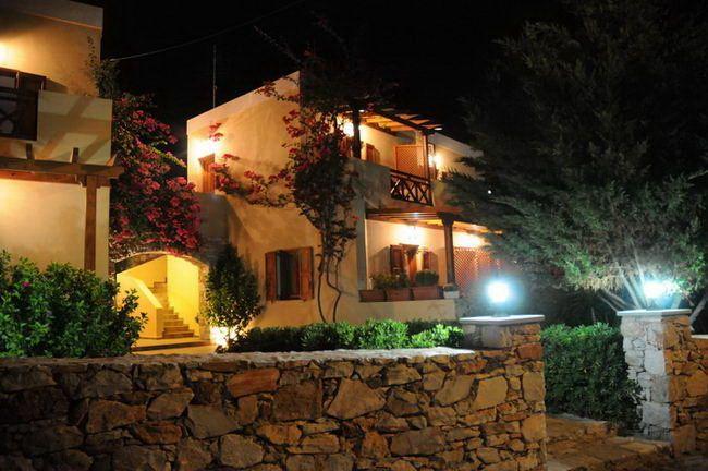 APARTMENTS VENTOURA Traditional studios & apartments #Syros #Cyclades #Greece #GuestInn