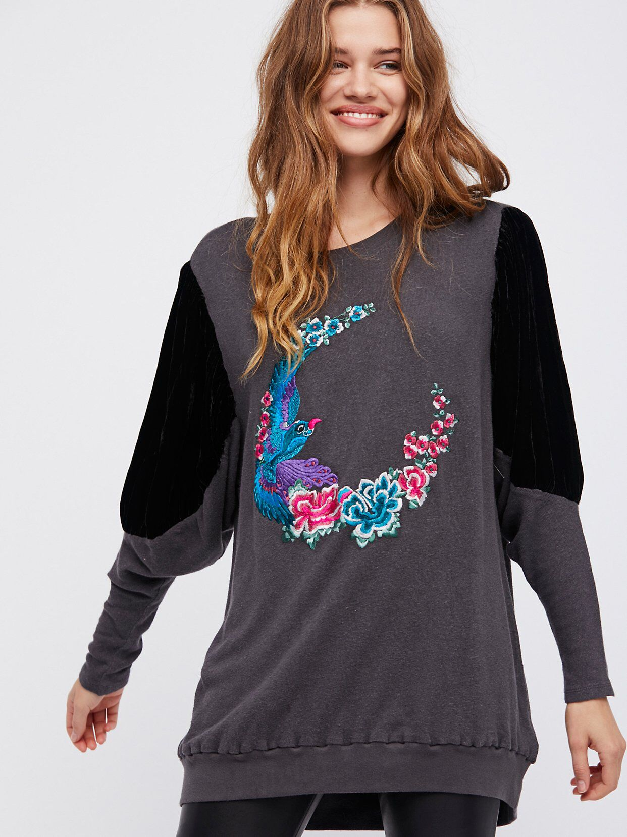 083b86938b0 Night Bird Tunic from Free People! Personas Libres, Bohemio, Aves, Noche,