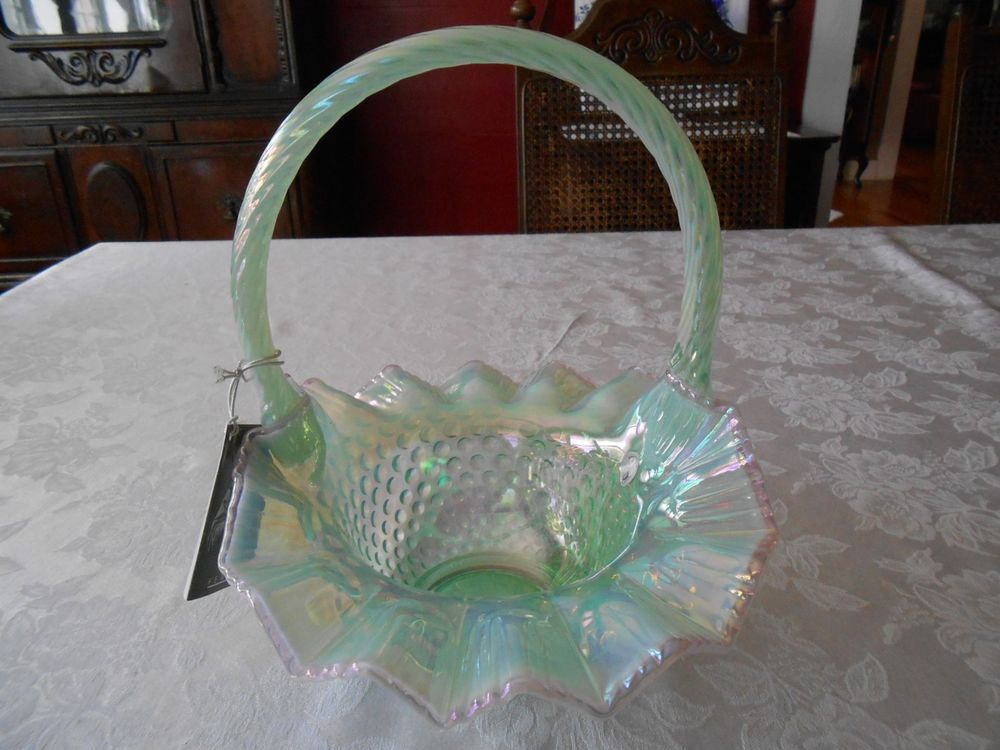 Pottery & Glass Lovely *rare* Fenton Hobnail Willow Green Crest Opalescent Basket