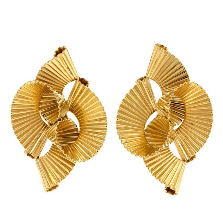Boucles d'oreilles clips diamant, perle et antique – 4 743 en vente à 1stdibs   – Jewelry: Tiffany & Co