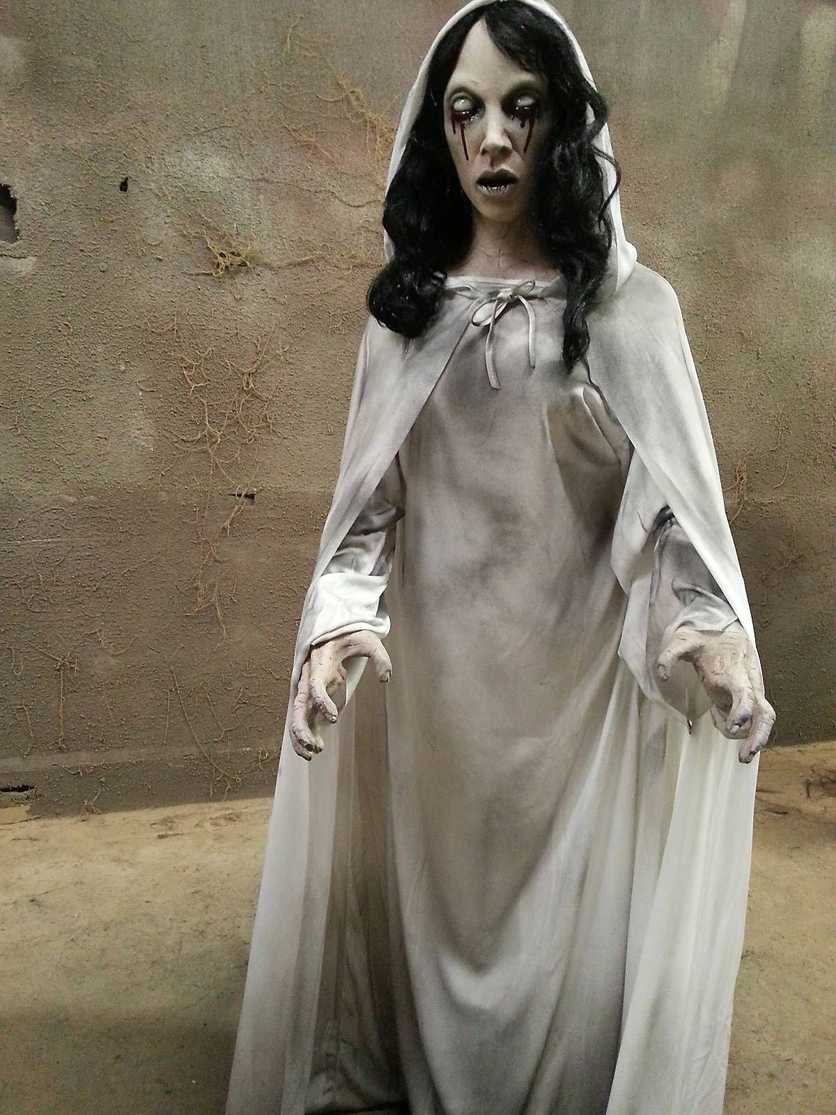 life size la llorona frightronic scary halloween prop in 2018