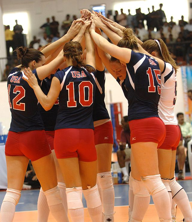 Top 15 Women Volleyball Teams Of The World Sports News Women Volleyball Professional Volleyball World Sports News